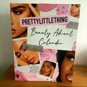 Calendario de Adviento grande de Pretty Little Thing Beauty Products 2020 ¡NUEVO!  ¡SELLADO!