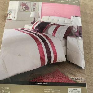 Duvet Quilt Cover With Pillowcase Bedding Set Windsor Plum  ( Single )